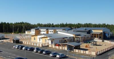 Pajuluoman koulu / Pajuluoma school. Picture www.seinajoki.fi